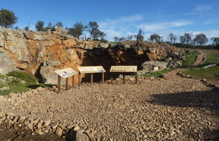 Moore Eco Trails Booklet - Moora Shire joint  WDC and Lotterywest project